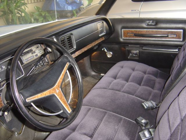 1974 Dodge Monaco HT