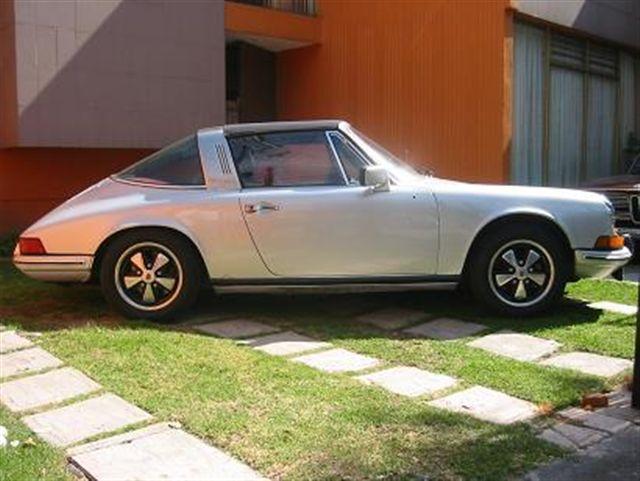 BMW 1972 2002 y Porsche 911 targa 1974.
