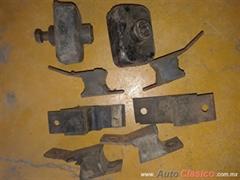 Soportes de motor y caja chevrolet auto 49-52 6 cyl.