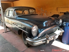 1954 Buick Super Sedan