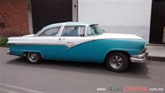 Ford CROWN VICTORIA Coupe 1956