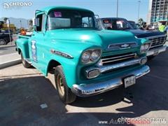 Día Nacional del Auto Antiguo Monterrey 2019 - Chevrolet Apache 1959