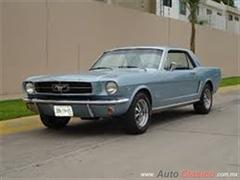 Día Nacional del Auto Antiguo Monterrey 2019 - Ford mustang 1965