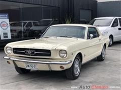 Día Nacional del Auto Antiguo Monterrey 2019 - Ford Mustang 1966