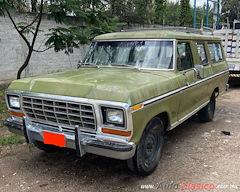 1976 Ford B-100 Carryall Vagoneta