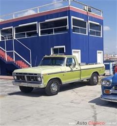 Día Nacional del Auto Antiguo Monterrey 2020 - FORD RANGER XLT PICK UP 1975