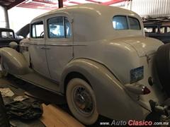 1935 Cadillac Fleetwood Limousine