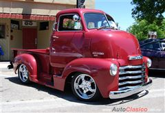 """BUSCO CAMION """"COE"""" cabin over engine  DE LOS 40's o 50's chevy o ford"""