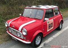 Día Nacional del Auto Antiguo Monterrey 2020 - Morris Cooper 1960