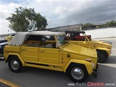 Día Nacional del Auto Antiguo Monterrey 2020 - V.W. Safari 1979