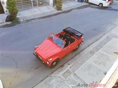 Día Nacional del Auto Antiguo Monterrey 2019 - VW Safari 1975
