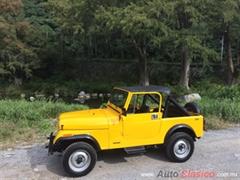 Día Nacional del Auto Antiguo Monterrey 2019 - Jeep Jepp 1982