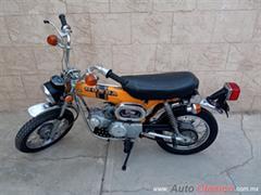 1974 Otro Cross HONDA ST 90