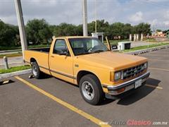 Día Nacional del Auto Antiguo Monterrey 2019 - Chevrolet Pick Up S-10 1988