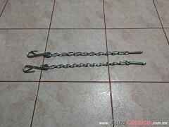 Cadenas De Tapa De Batea Chevrolet Pickup 47-87