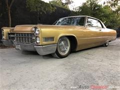 Día Nacional del Auto Antiguo Monterrey 2020 - CADILLAC CUPE DEVILLE 1966