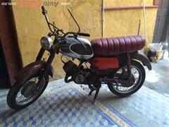 1962 Yamaha Custom cafe racer