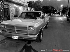 Día Nacional del Auto Antiguo Monterrey 2019 - dodge ram D200 1983