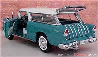 Chevrolet 1955 | Bel Air Vagoneta Nomada, India Ivory – Regal Turquoise