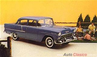 Chevrolet 1955 | 210 Sedan cuatro puertas, Glacier Blue