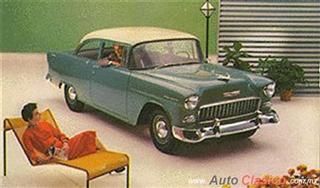 Chevrolet 1955 | 150 Sedan dos puertas, Shoreline Beige - Neptune Green