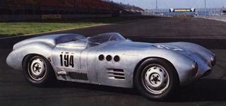 Historia del Borgward | Borgward hizo campaña en los corredores Hansa RS1500 en 1952-54 y 1958. Los motores entregaron 154 CV de 1.4 litros. Los RS1500 se enfrentaron a Porsches en Nürburgring, La Carrera Panamericana y Le Mans.